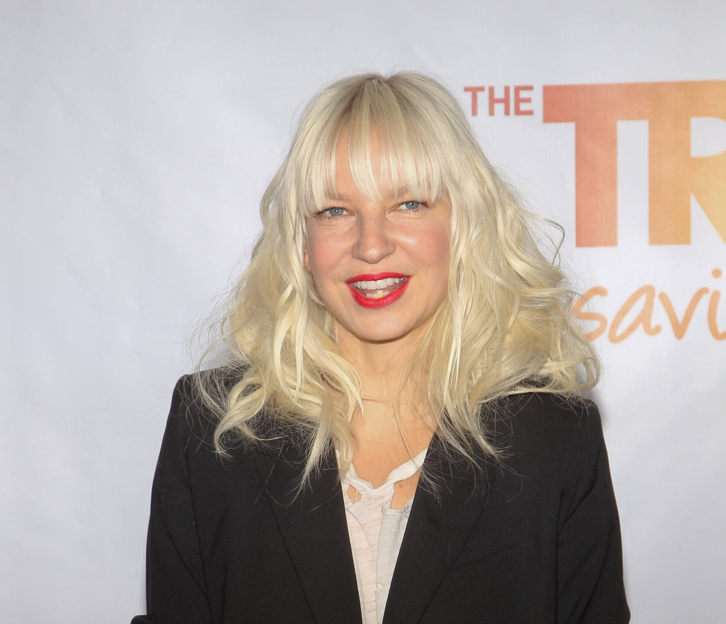 Sia S Controversial New Music Video Elastic Heart